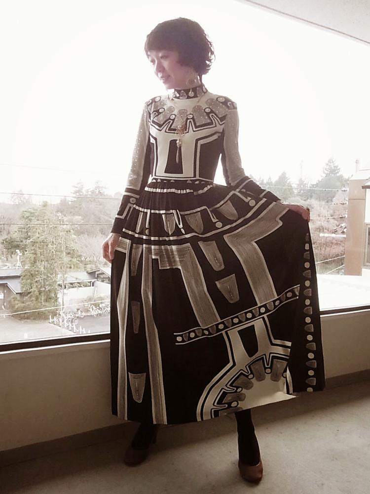 ドレス モノトーン
